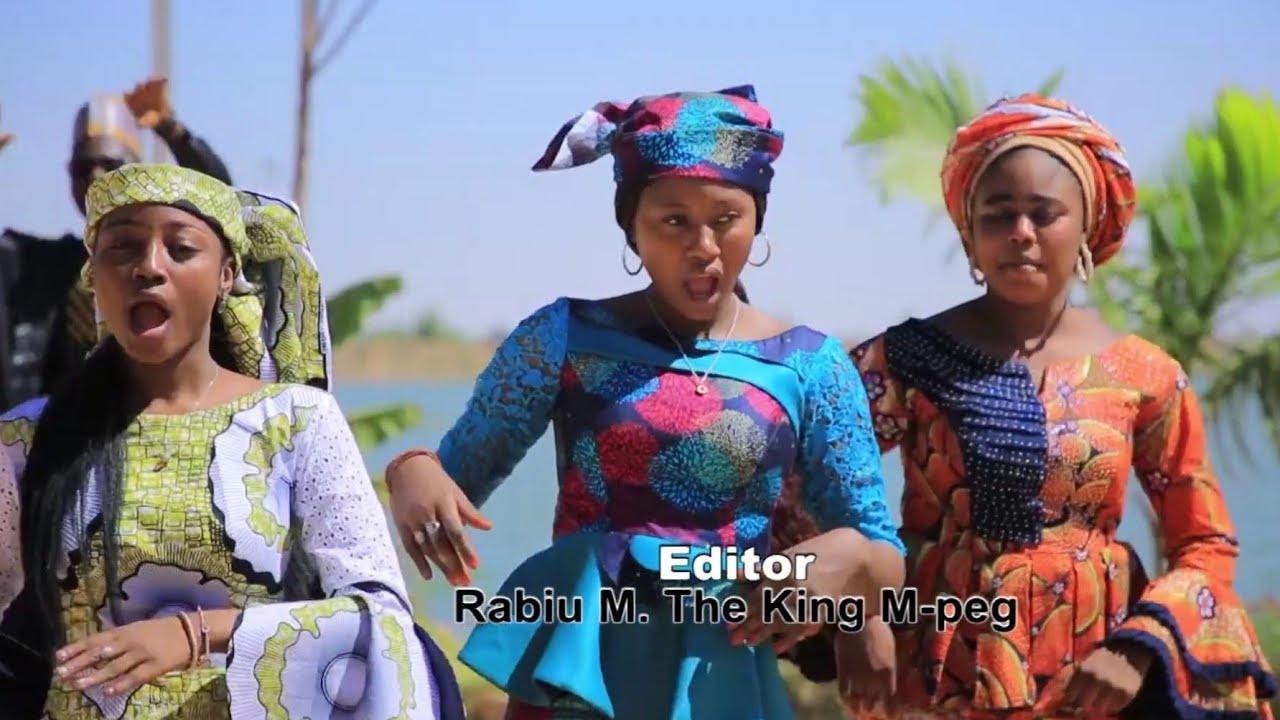 Download Sabuwar Waka (Gamunan) Ado Gwanja x Maryam Yahaya x Momme Gombe Original video 2021#
