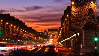 STREET PHOTOGRAPHY AT NIGHT PARIS FRANCE