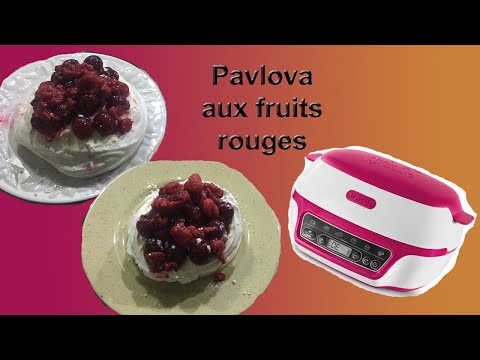 recette-de-pavlova-aux-fruits-rouges-au-cake-factory