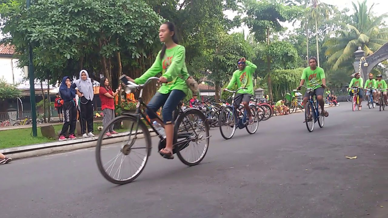 Komunitas Sepeda Onthel Jengki Tulungagung Youtube