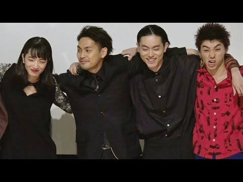 菅田将暉、柳楽優弥ら共演陣を語る 映画『ディストラクション ベイビーズ』完成披露舞台挨拶