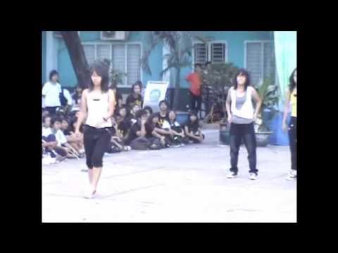 Clip nhảy hiện đại của 9a2