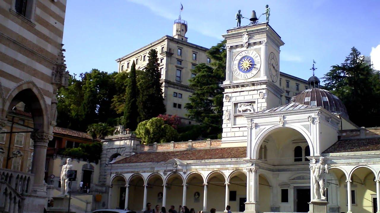 Udine piazza della libert friuli venezia giulia youtube for Progettazione giardini friuli venezia giulia