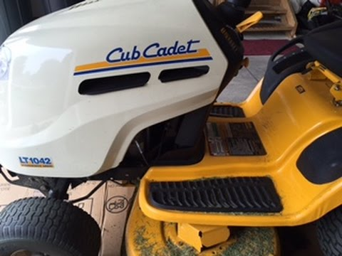 How To Change The Air Filter In A Cub Cadet LT 1042