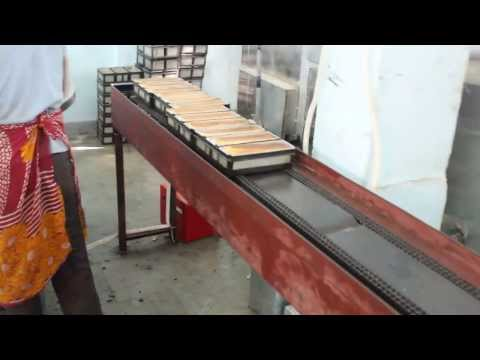 Allied Equipments Swing Tray Oven (Master Bake Series 25) with duplex chain conveyor.