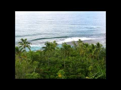 Hiking Kauai's Kalalau Trail to Hanakapi'ai Beach, and on to Hanakapi'ai Falls