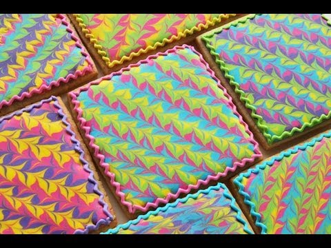 How To Make A Marbled Royal Icing Design On A Cookie Youtube