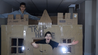 24 HOUR CHALLENGE IN A BOX FORT