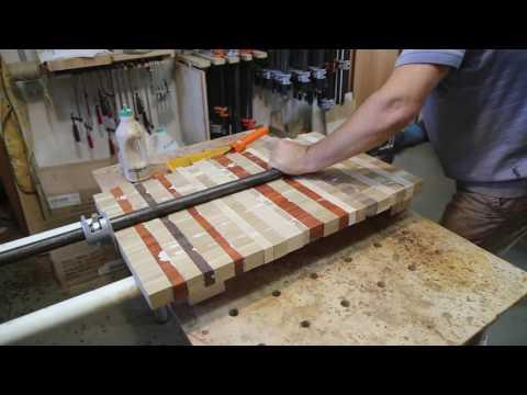 Использование абсолютно бросовой древесины: садовый стол. Часть 1