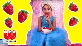 HUGE STRAWBERRY FEAST 🍓Giant Gummys, Cakes & More! - Princesses In Real Life | WildBrain Kiddyzuzaa