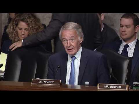 Senator Markey Questions FCC Commissioners about Net Neutrality & E-Rate - 7/19/17