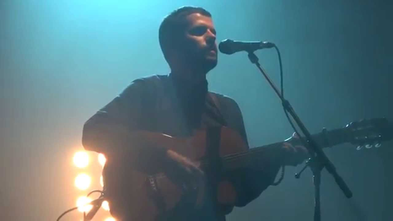 Nick Mulvey - Fever To The Form (HD) Live In Paris 2015 - YouTube