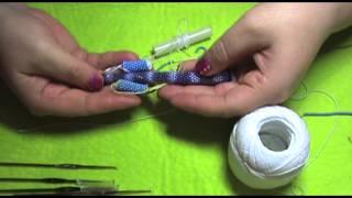 Все для плетения вязаного жгута крючком из бисера. ОСТОРОЖНО!!!!!!!!!!!! очень подробно :))