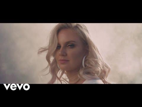Demi Lee Moore – Maak My Jou Tequila