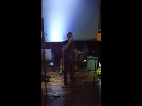 Chris Carney (Erin go Bragh) singing