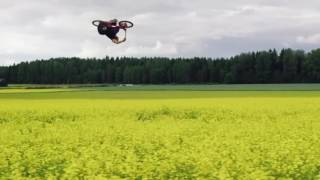 Головокружительные трюки на велосипедах в «полевых условиях»(Два сильнейших шведских вело-райдера Мартин Содерстрём (Martin Söderström) и Давид Годзек (Dawid Godziek) объединили..., 2016-08-13T21:12:14.000Z)