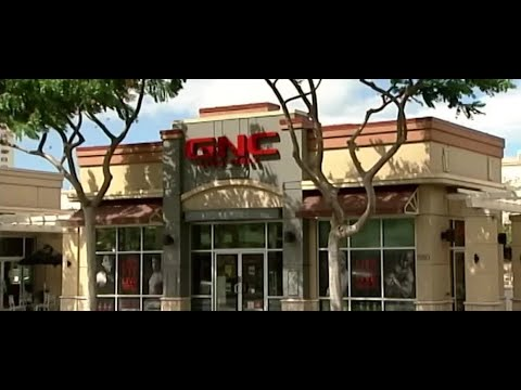 GNC files for bankruptcy, will close up to 1200 stores