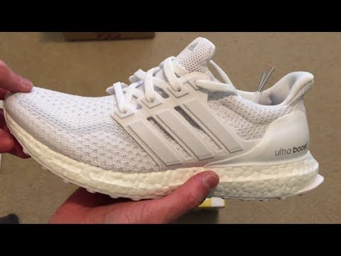 How to make ur shoes clean with household items (works with any shoe)