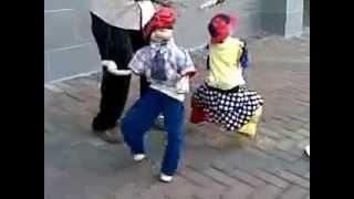 رقص افريقي خطير