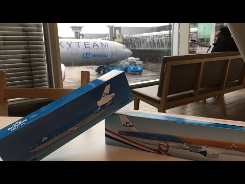 UNBOXING KLM MODEL PLANES | At Amsterdam Schiphol Airport