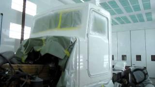 Kenworth T800 refurb cab paint job