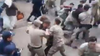 Кадры жесткого задержания протестующих в Актобе 21 сентября