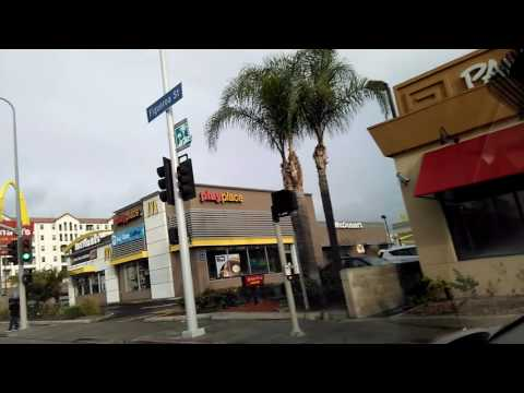 USC Neighborhood Tour. American Junk Food Paradise! Driving Los Angeles California Driving Tour