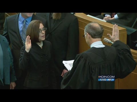 Kate Brown sworn in as Governor of Oregon