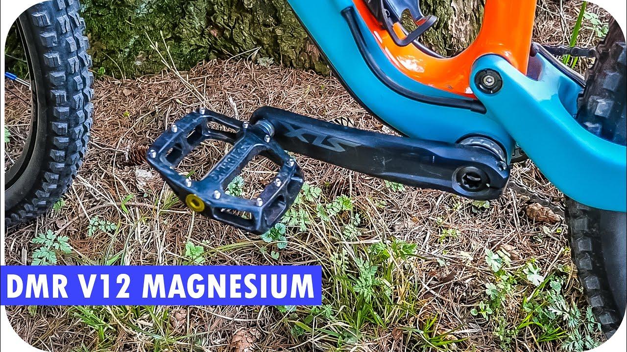 DMR V12 Magnesium Flat Pedals - YouTube