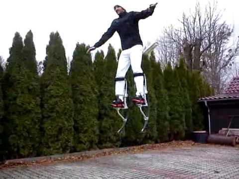 Martin Šmahel na skákacích topánkach