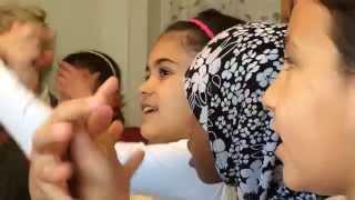 Barn i Länsmansgården lär sig svenska med hjälp av musik och lyrik!