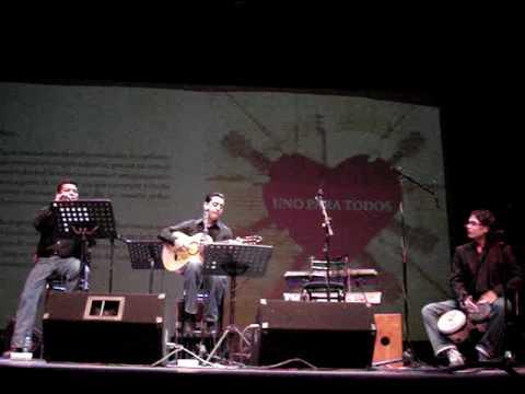 """Manolo Solo, Luis carrizales y Edgar Mèndez """"pollo"""""""