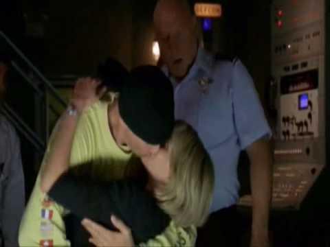 Stargate: SG1 ~ Every Sam & Jack Kiss Ever!Kaynak: YouTube · Süre: 1 dakika12 saniye