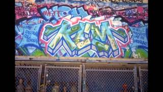 Граффити ч.7 NewYork(Граффити ч.7 NewYork Мужская элегантная и стильная одежда для работы и отдыха.http://vk.cc/3gqheM Именное Новогоднее..., 2014-12-08T18:46:51.000Z)