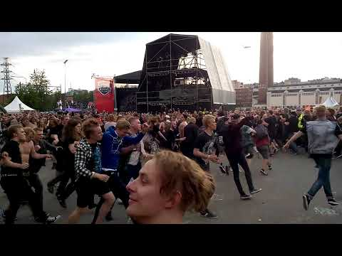lamb of god wall of death - photo #4