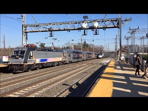 Amtrak & NJT HD 60fps EXCLUSIVE: 12 Hours of NEC Holiday Trains @ Princeton Junction 11/25/2015