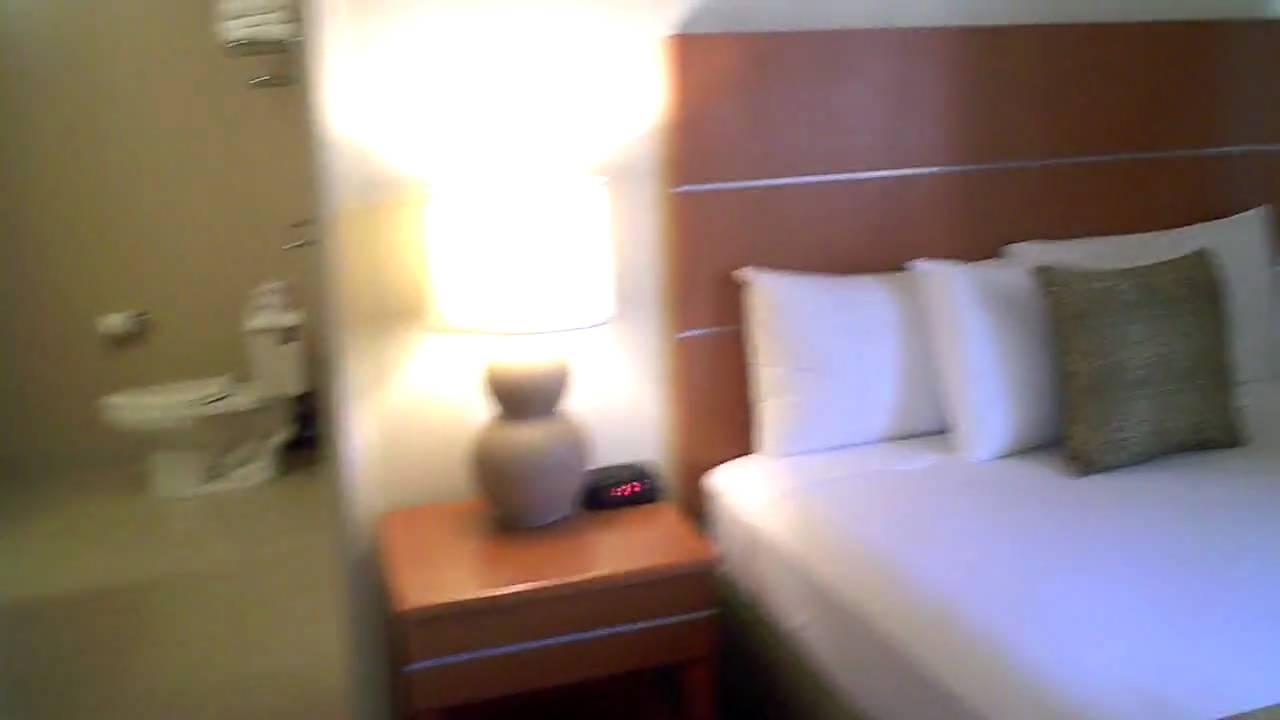 Aqua Waikiki Pearl Resort 2 Bedroom Suite With Full Kitchen