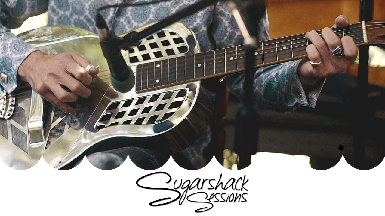 Deltaphonic   Make Me A Pallet On Your Floor (Live Acoustic)   Sugarshack  Sessions