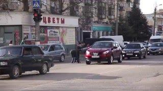 Патриоты онлайн (Севастополь) - социальный эксперимент №2 (Берегись автомобиля)
