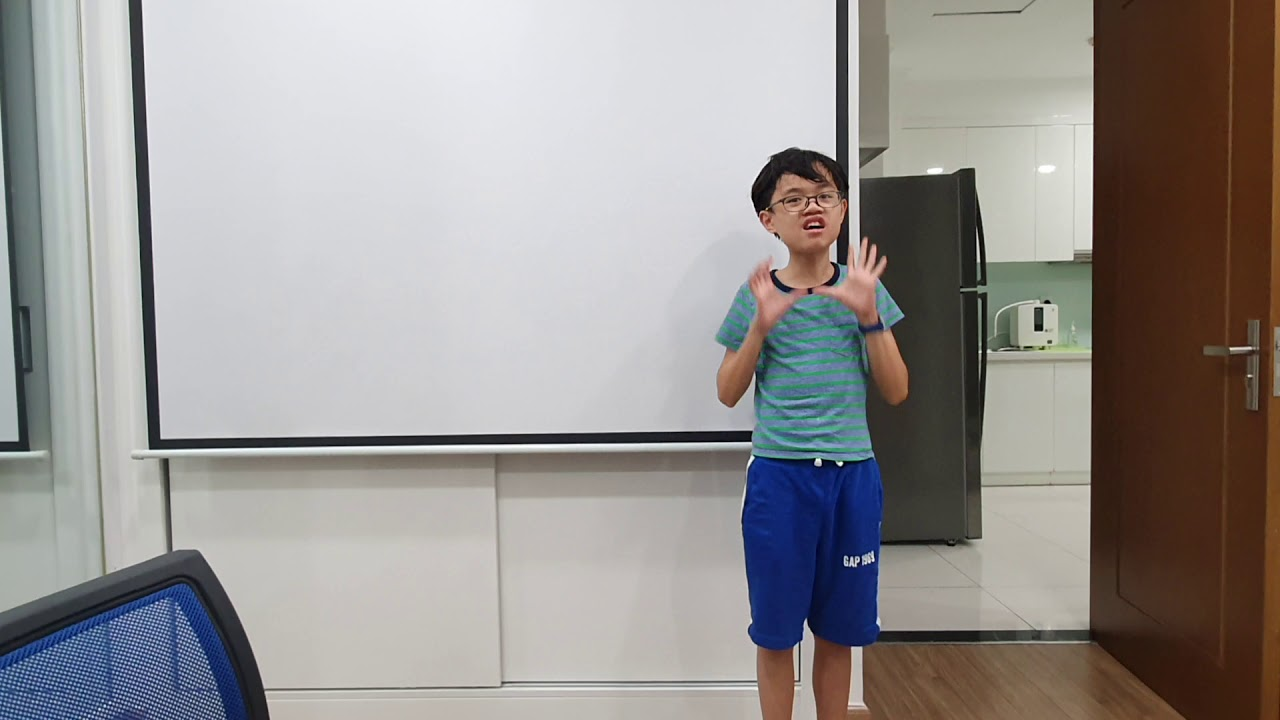 EIY - The Art of Kids Public Speaking - Huy - YouTube