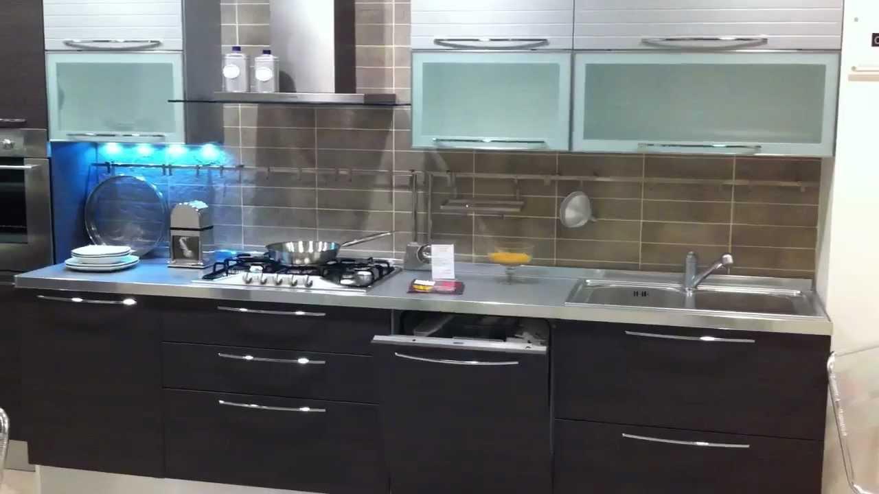 Cucina Carrera di Veneta Cucine - YouTube
