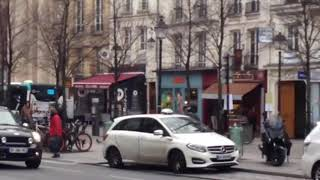 Video Bus 69 VERS HÔTEL DE VILLE [PARIS] download MP3, 3GP, MP4, WEBM, AVI, FLV Agustus 2018
