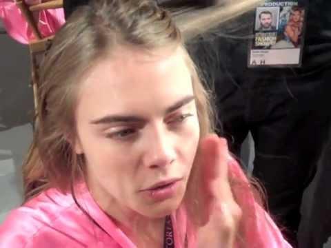 CARA DELEVINGNE BACKSTAGE AT VICTORIA'S SECRET 2012 - YouTube