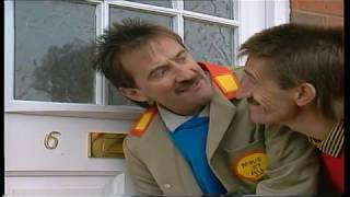 Chucklevision 3x09 On The Move