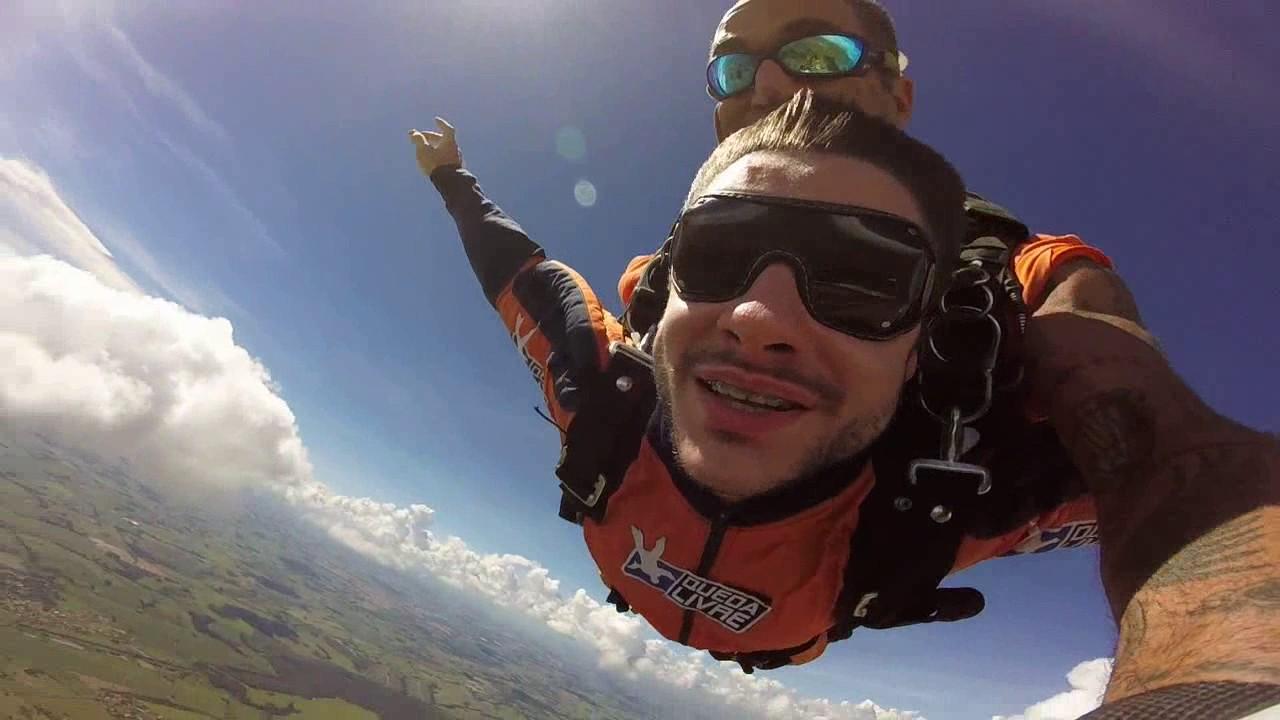 Salto de Paraquedas do Felipe T na Queda Livre Paraquedismo 14 01 2017