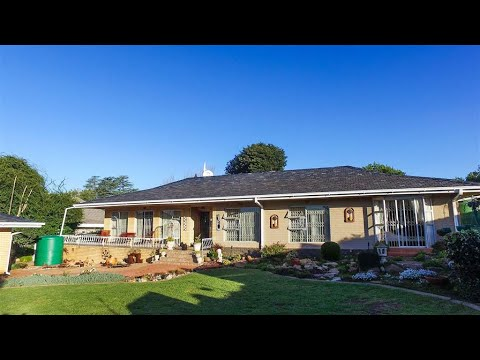 4 Bedroom House for sale in Free State | Bloemfontein | Helicon Heights |