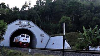 LOKOMOTIF KEBALIK ! Serayu CC203 Long Hood di Terowongan Kebasen - hunting kereta api #19