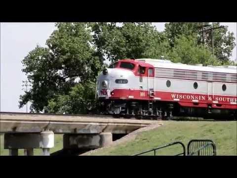 Vintage E9 locomotive visits Central Kansas (WSOR #101)