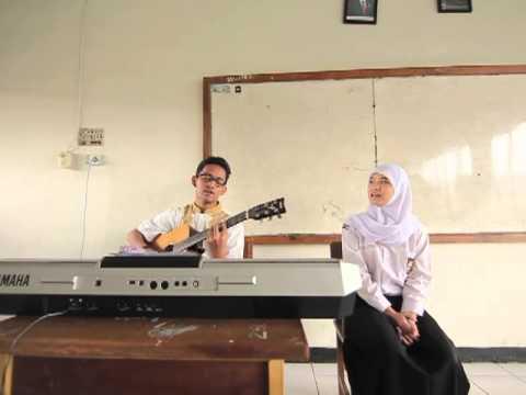 Iwan Fals - Ijinkan Aku Menyayangimu cover by RIRI, RADIT
