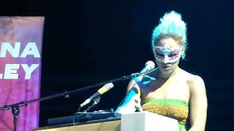 Martina Topley-Bird - Baby Blue - Sofia 2010